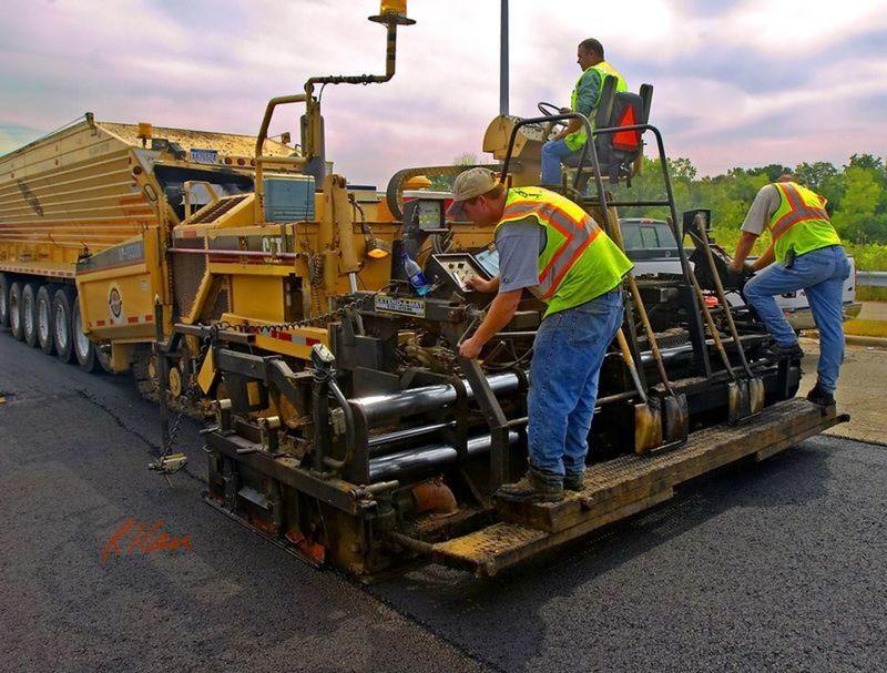 Medium asphalt paving 5936 l